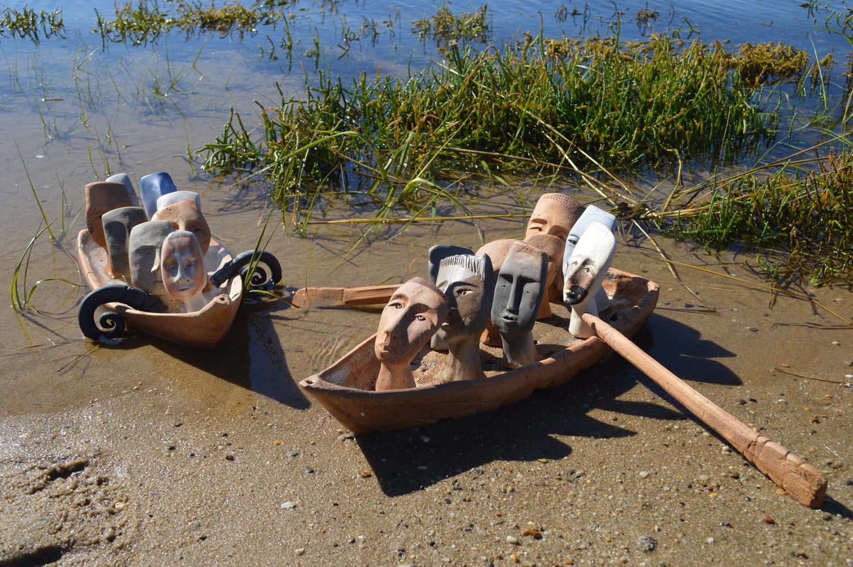 All in the Same Boat – Tong'zhou Gong'ji