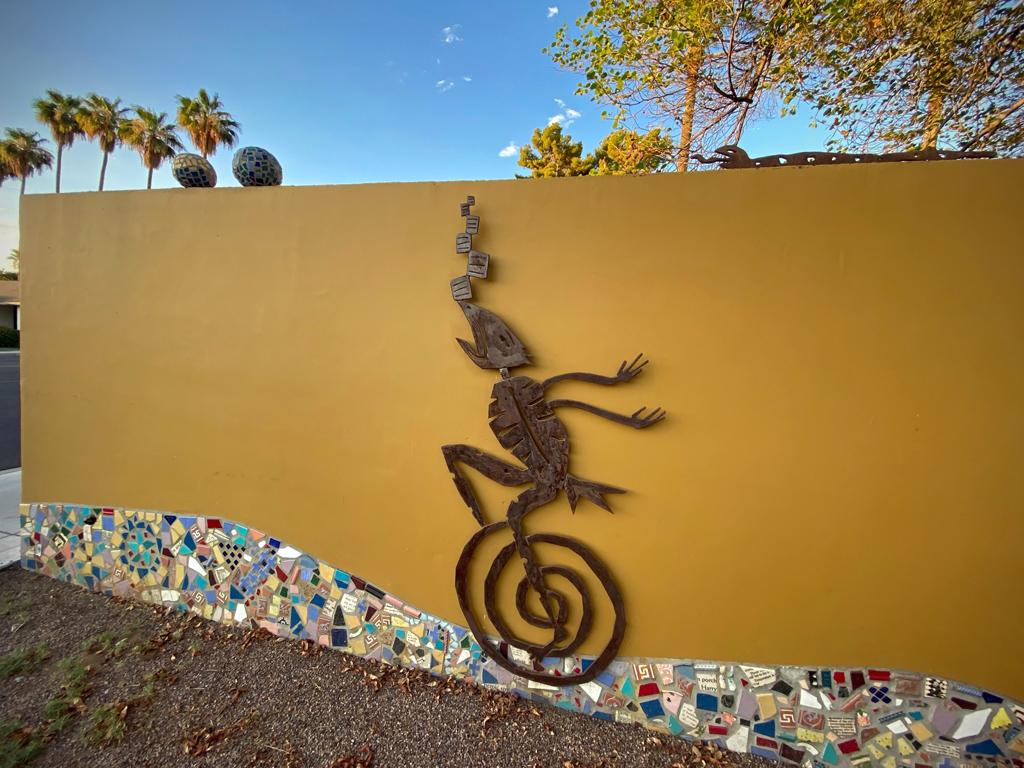 Chasing Zoe: Streetscape, Tempe, AZ.