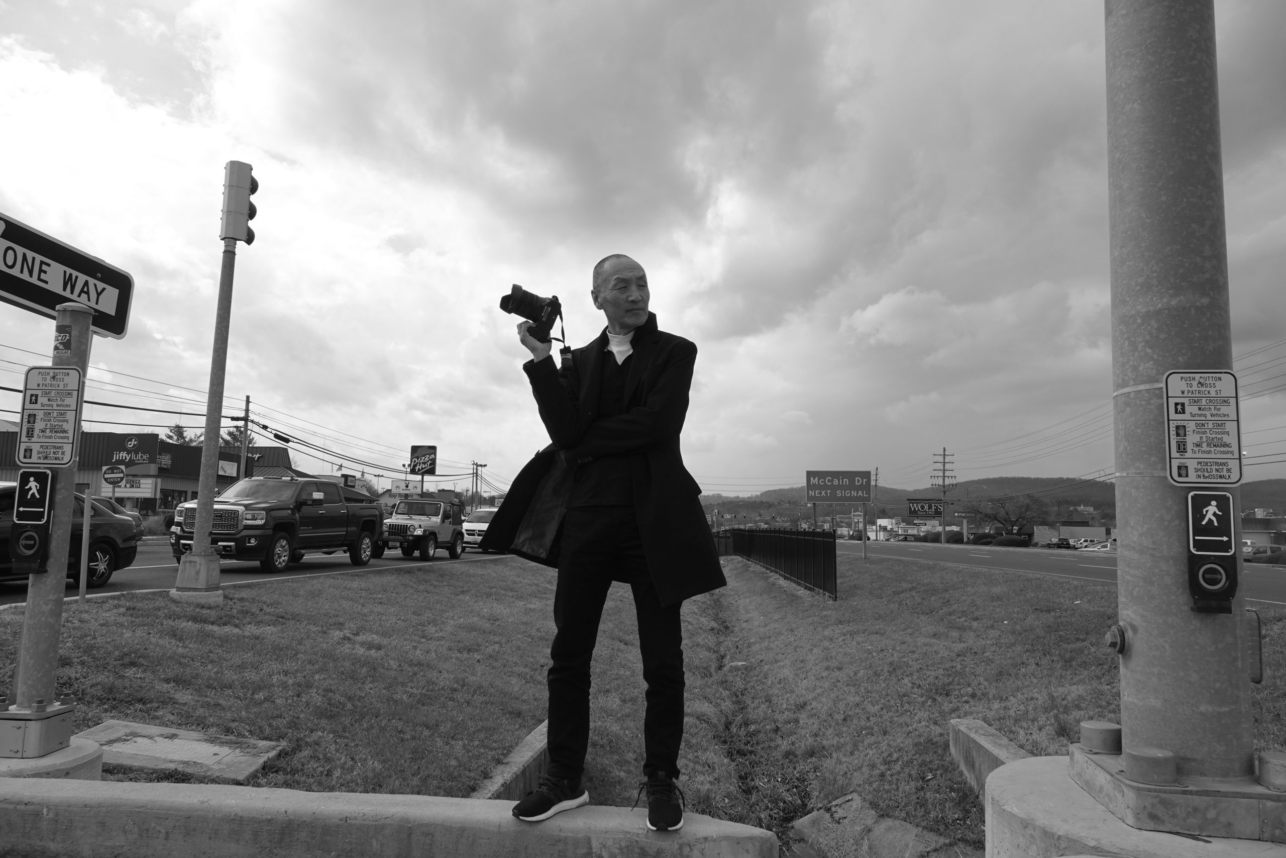 Golden Mile – In Focus by Wing Young Huie and local photographers