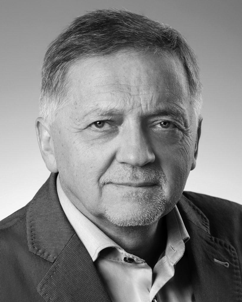 Mirek Struzik headshot