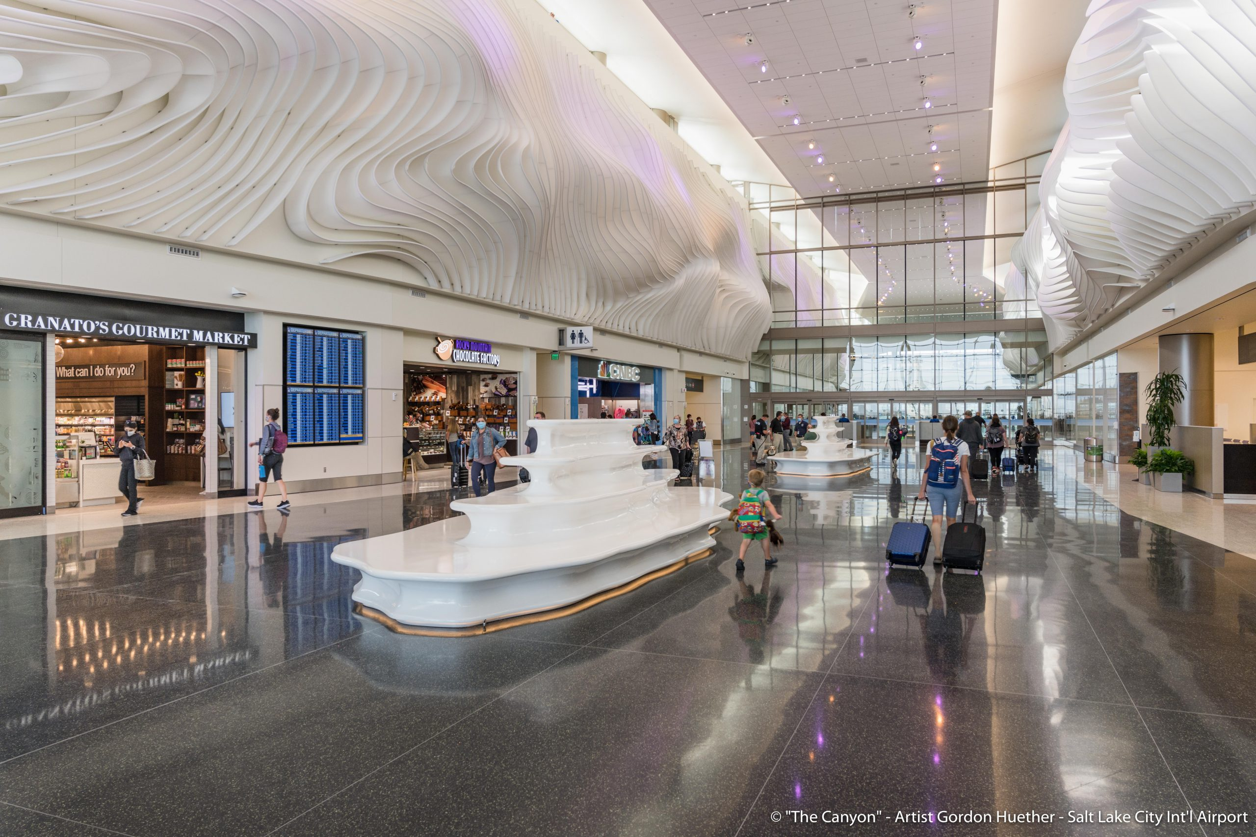 Salt Lake City Int'l Airport – The Canyon