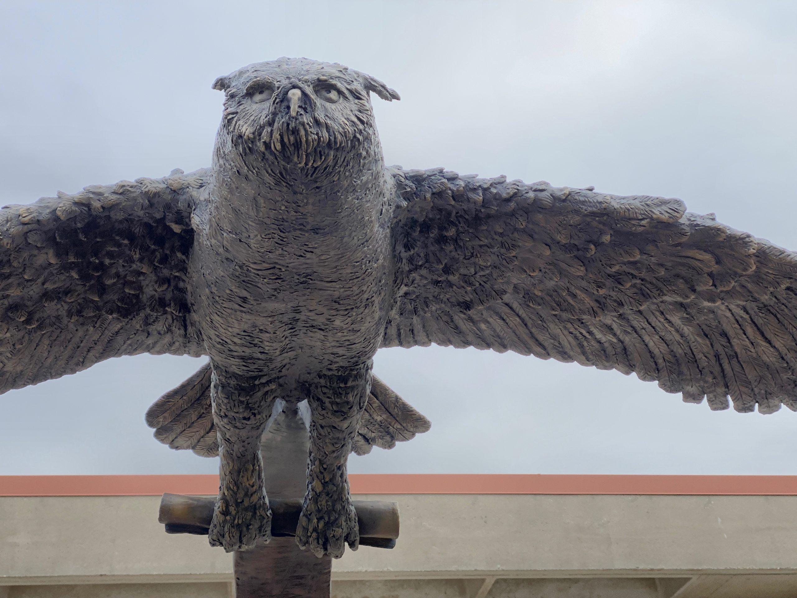 "WCTC Memorial  bronze sculpture ""Honor"""