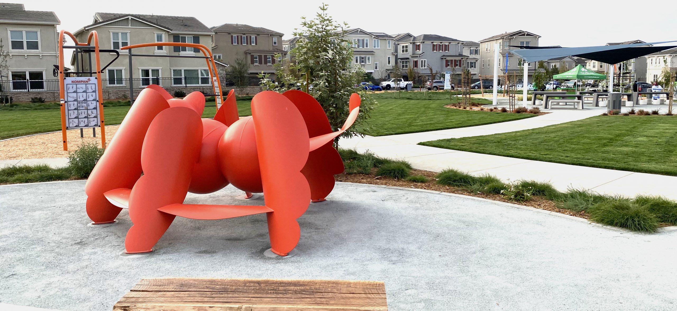 Arachnicat, an eco-friendly biomorphic sculpture & play structure