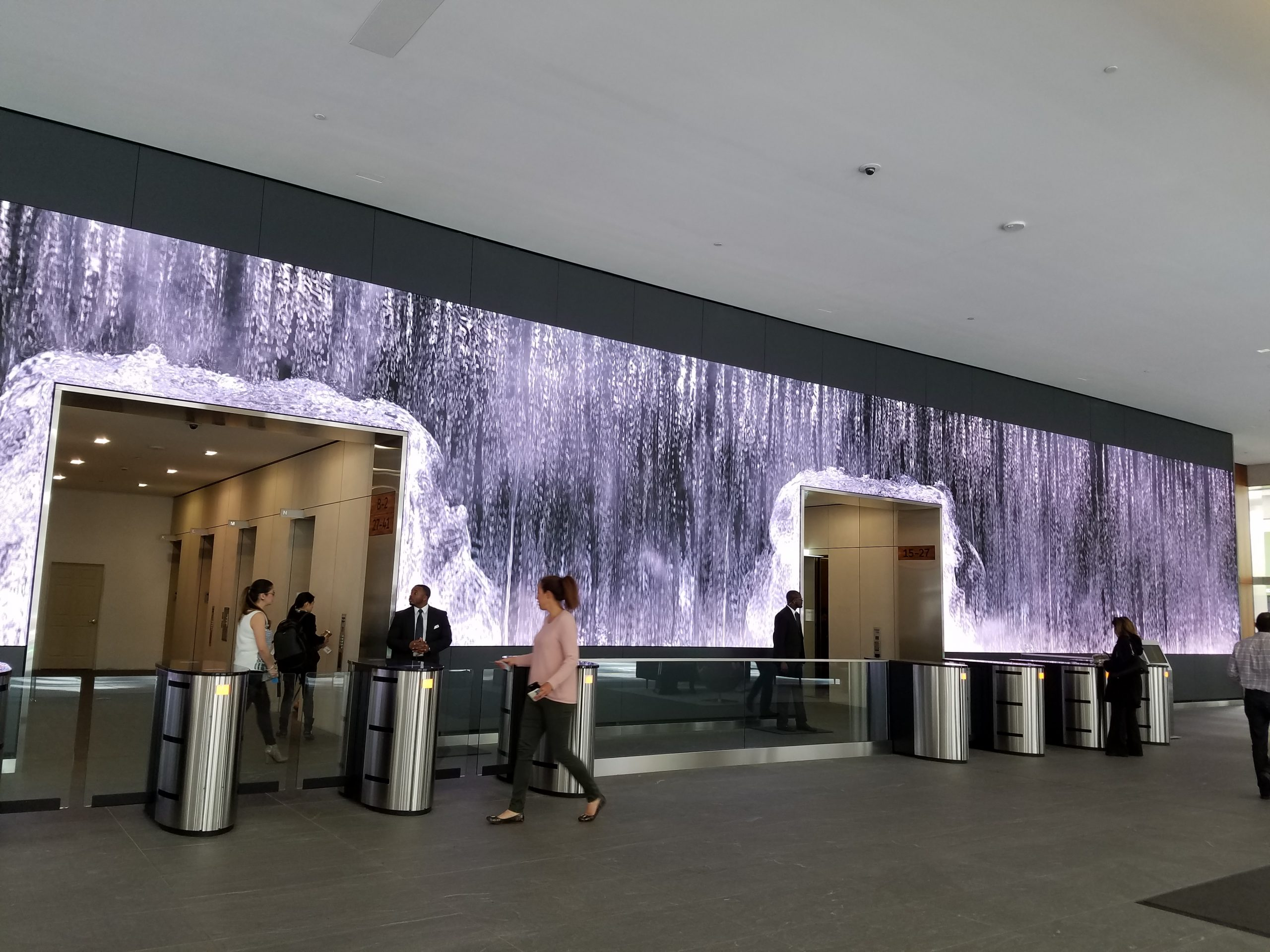 Waterfall Video Wall – Salesforce Lobby