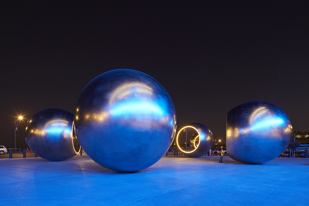 Olafur Eliasson, Seeing Spheres – Golden State Warriors Chase Center, SF CA