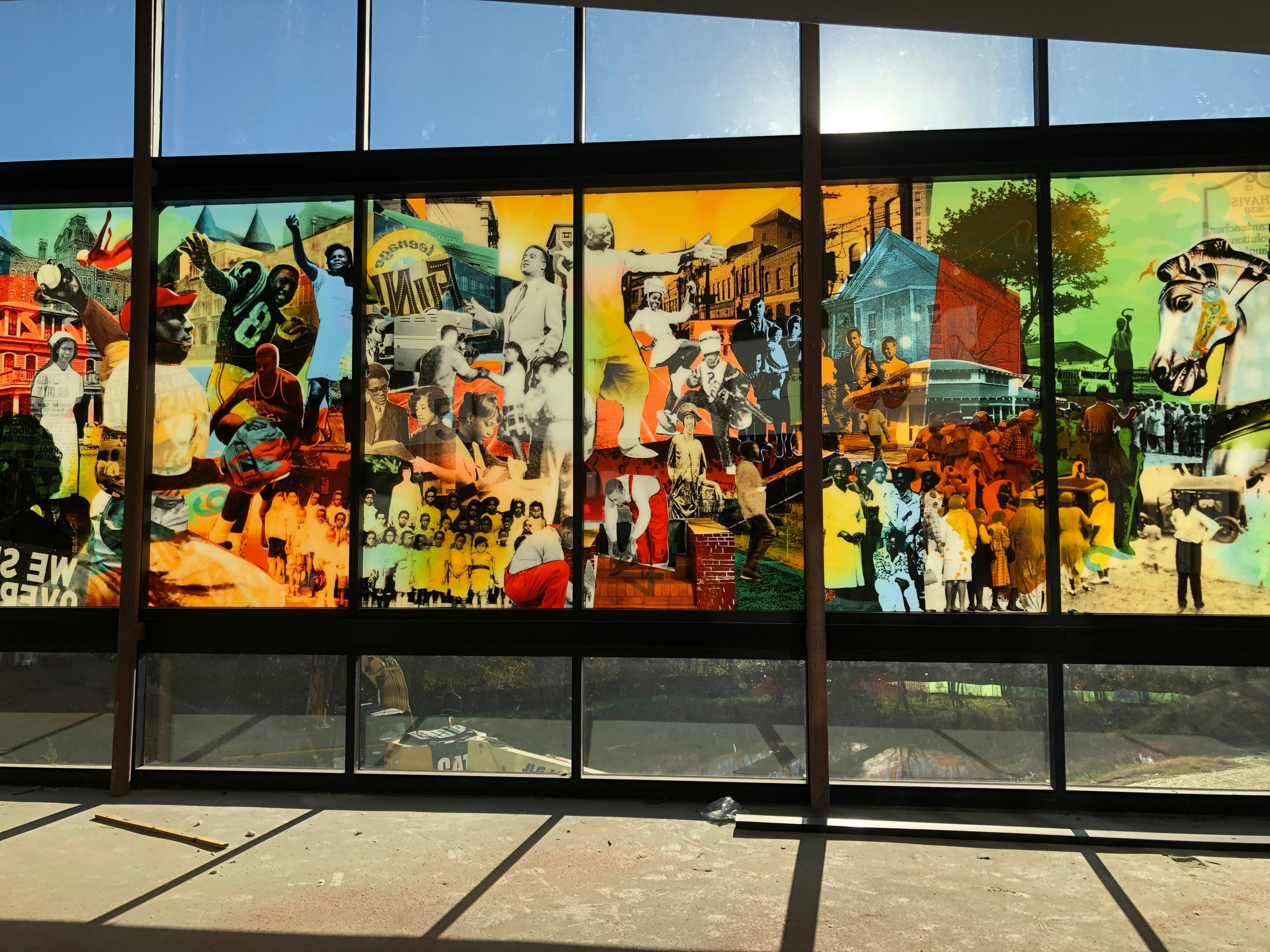 CHAVIS MEMORIAL PARK – ART GLASS CURTAIN