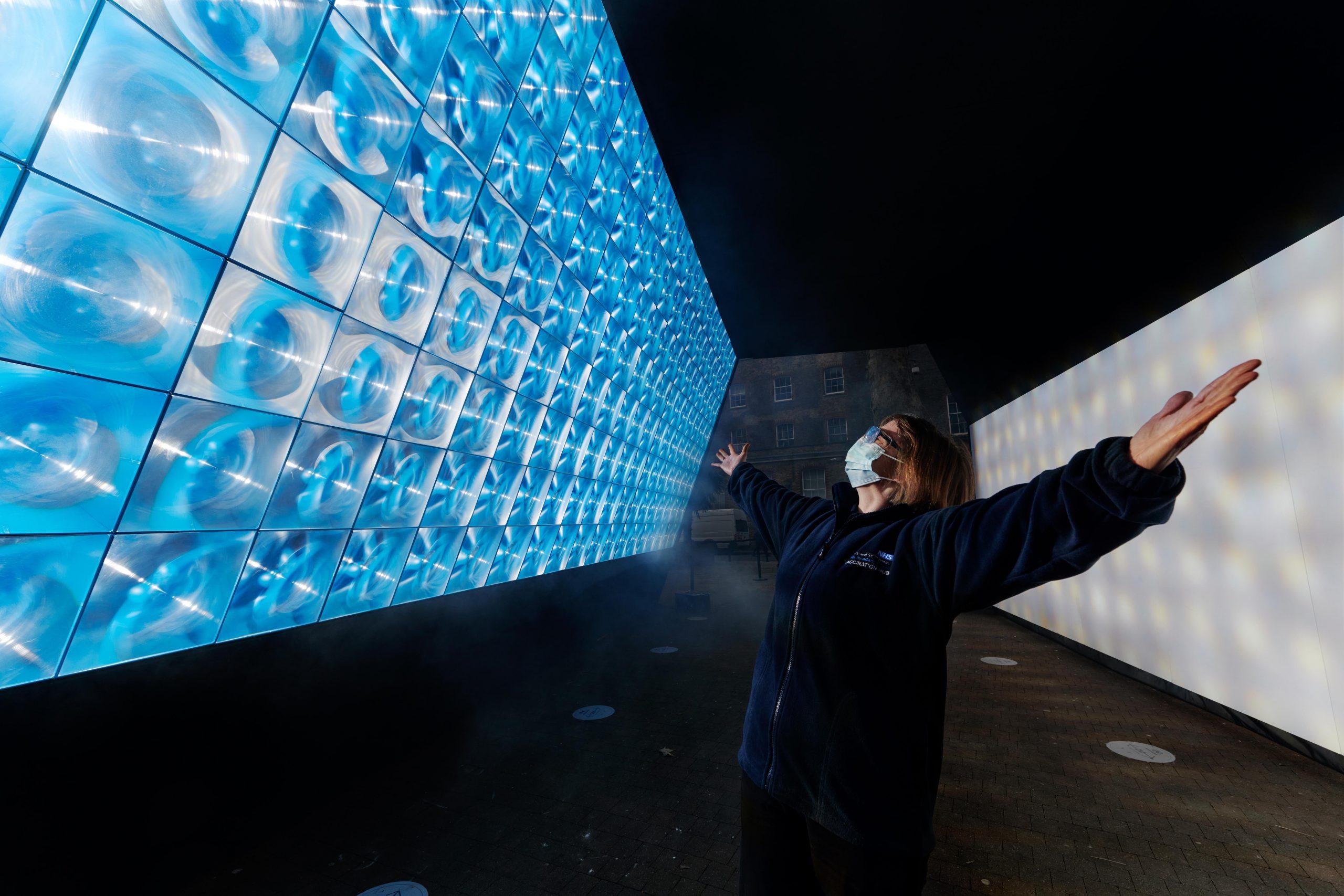 SOLA (Tunnel of Light)