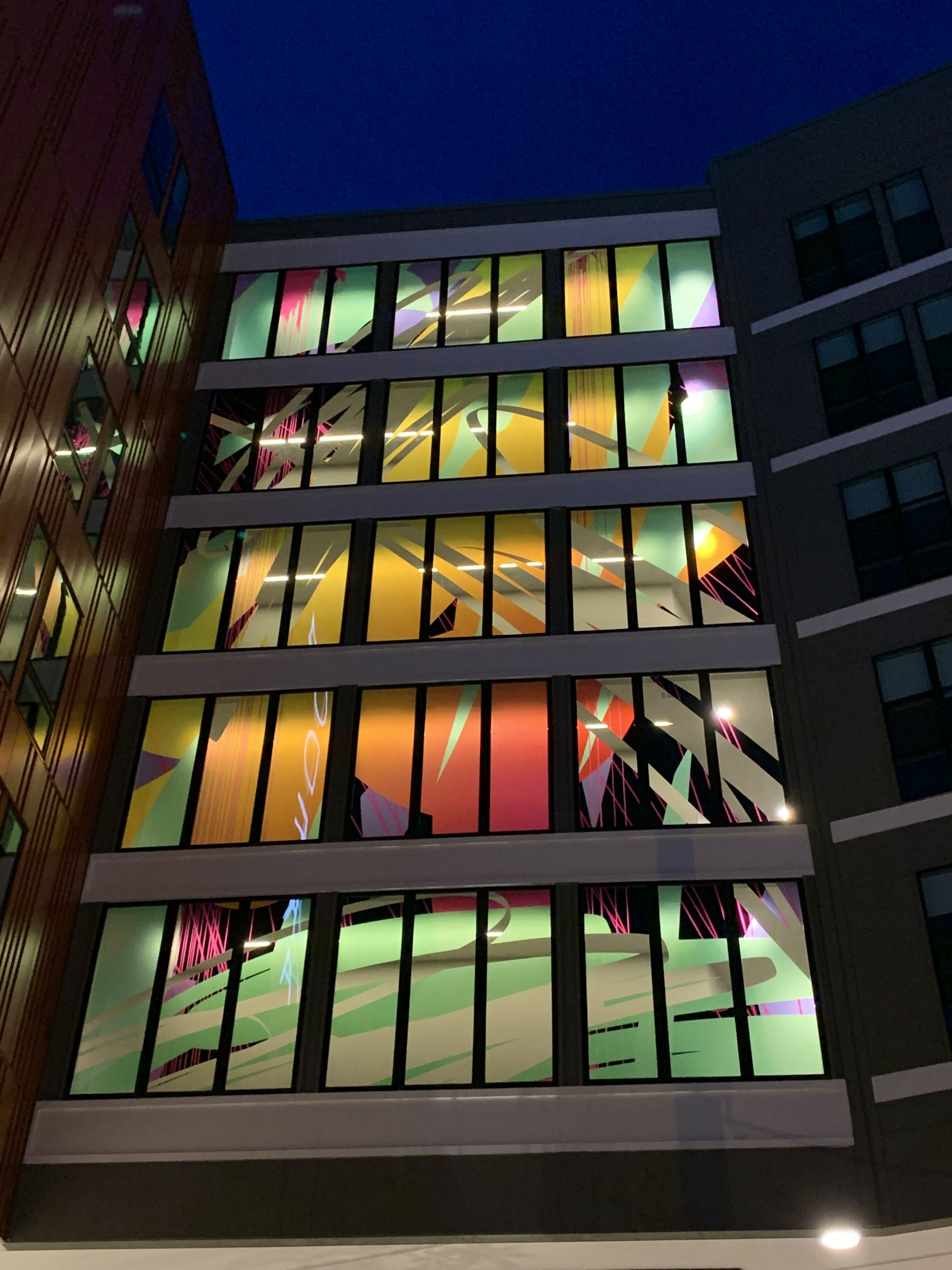 Five Story Window Mural, Modera Prominence