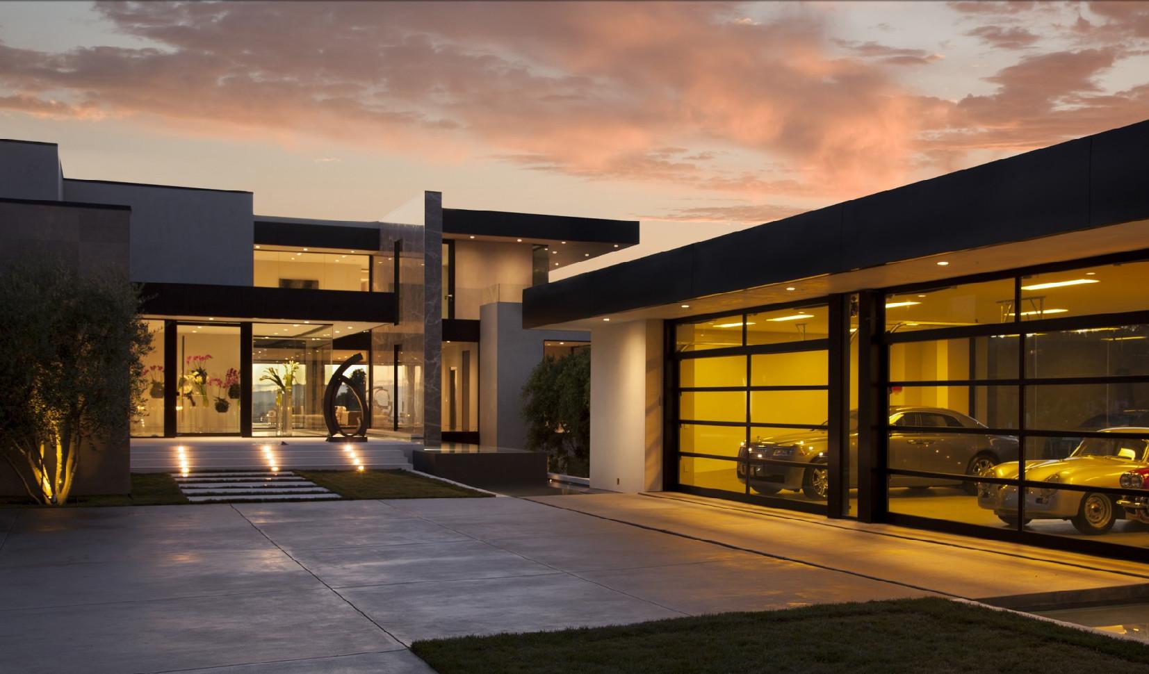 Oriole Residence