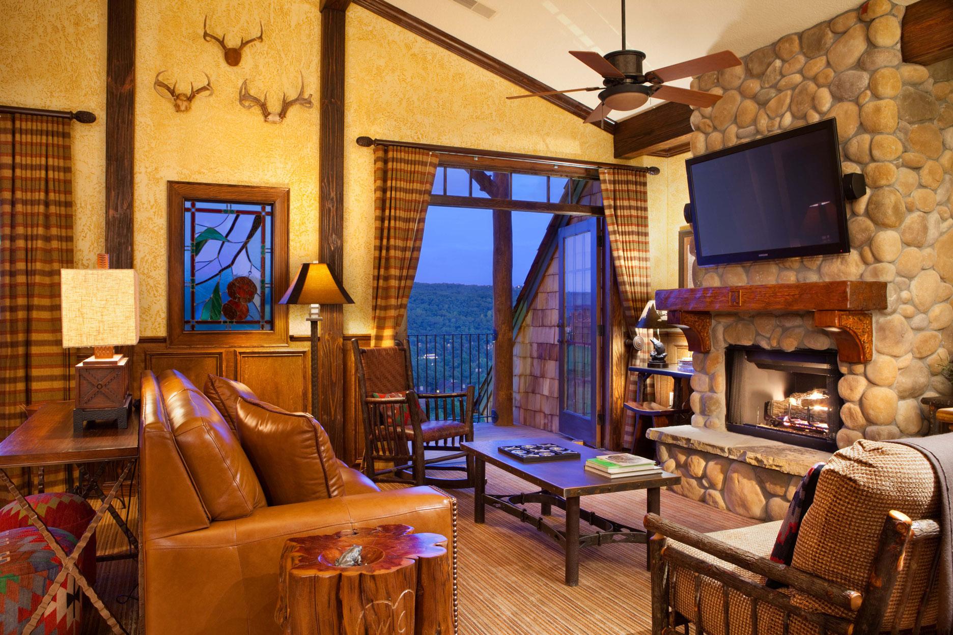 Indian Creek Lodge