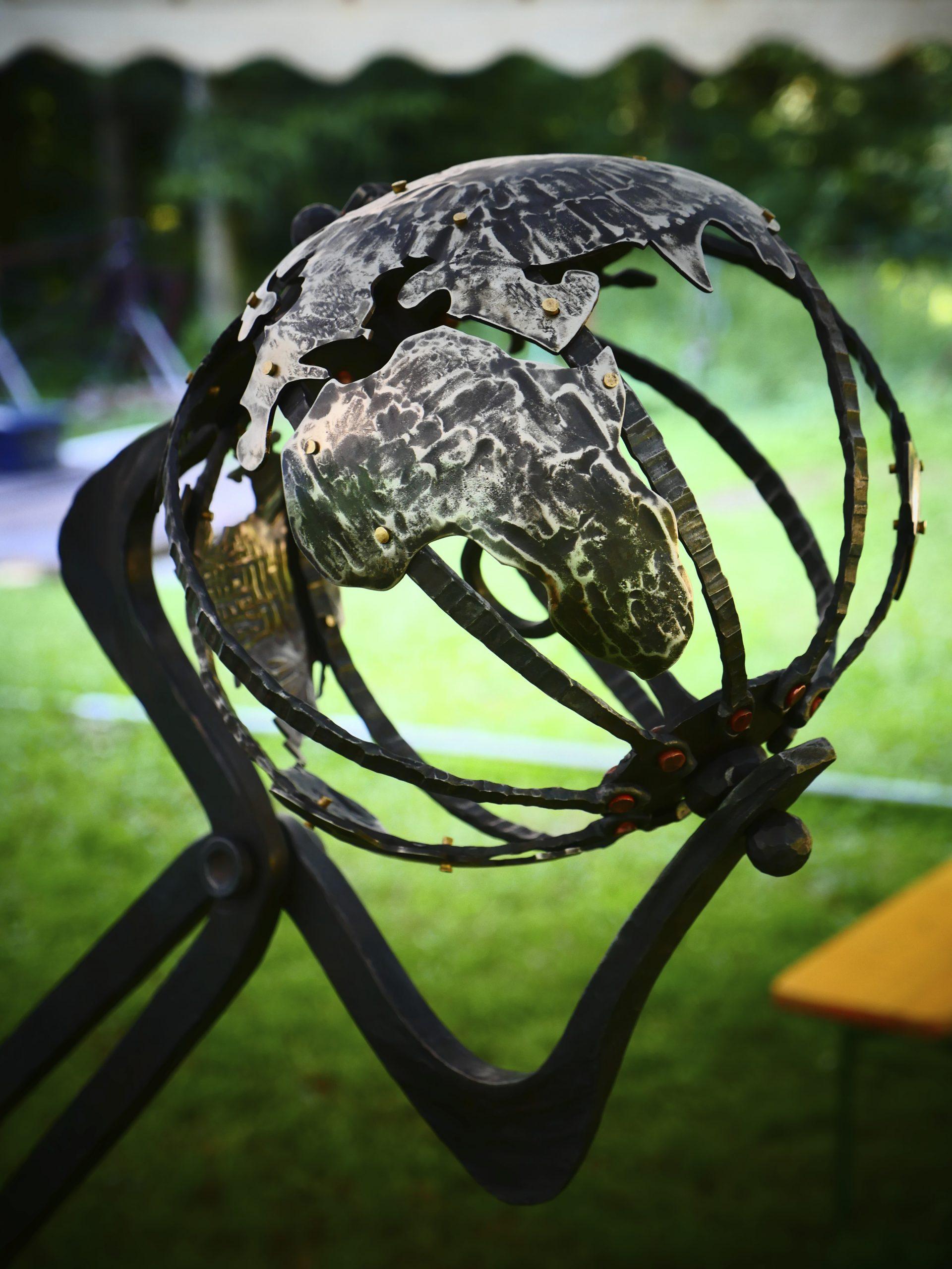 Hefaiston Sculpture (Forging the World)