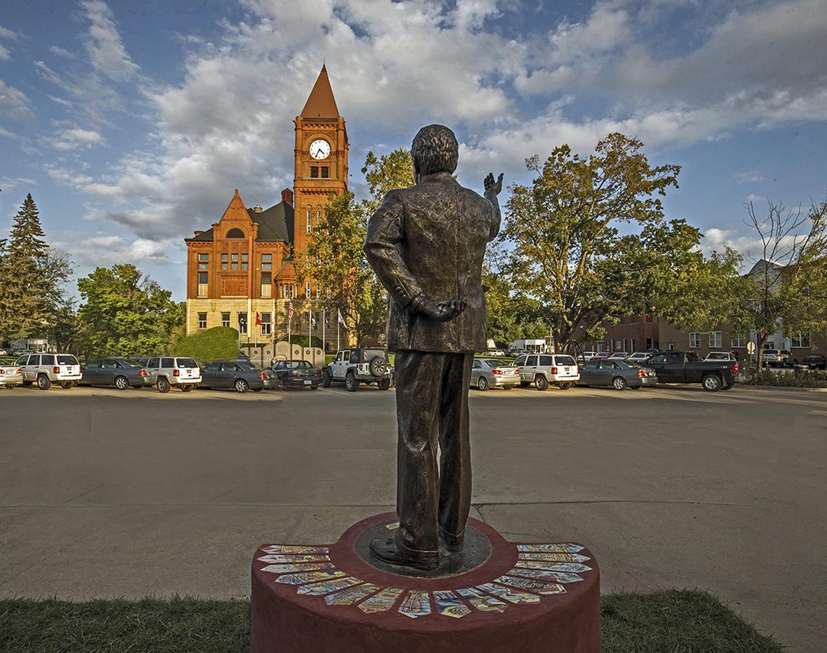 Lee Gobble Commemorative