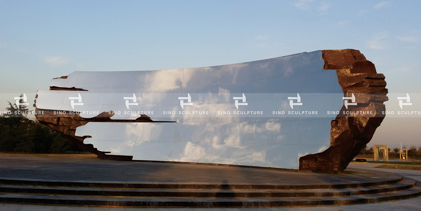 Curved mirror stainless steel facade-Invisible Realm