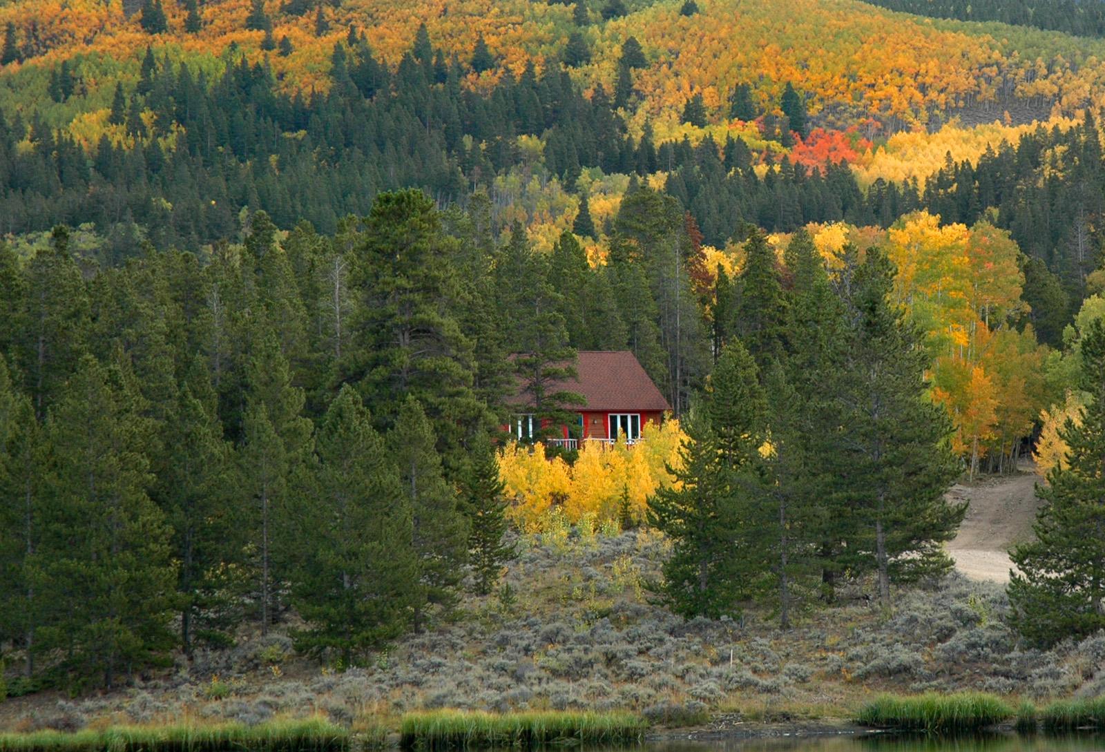 High Mountain Cabin Trim