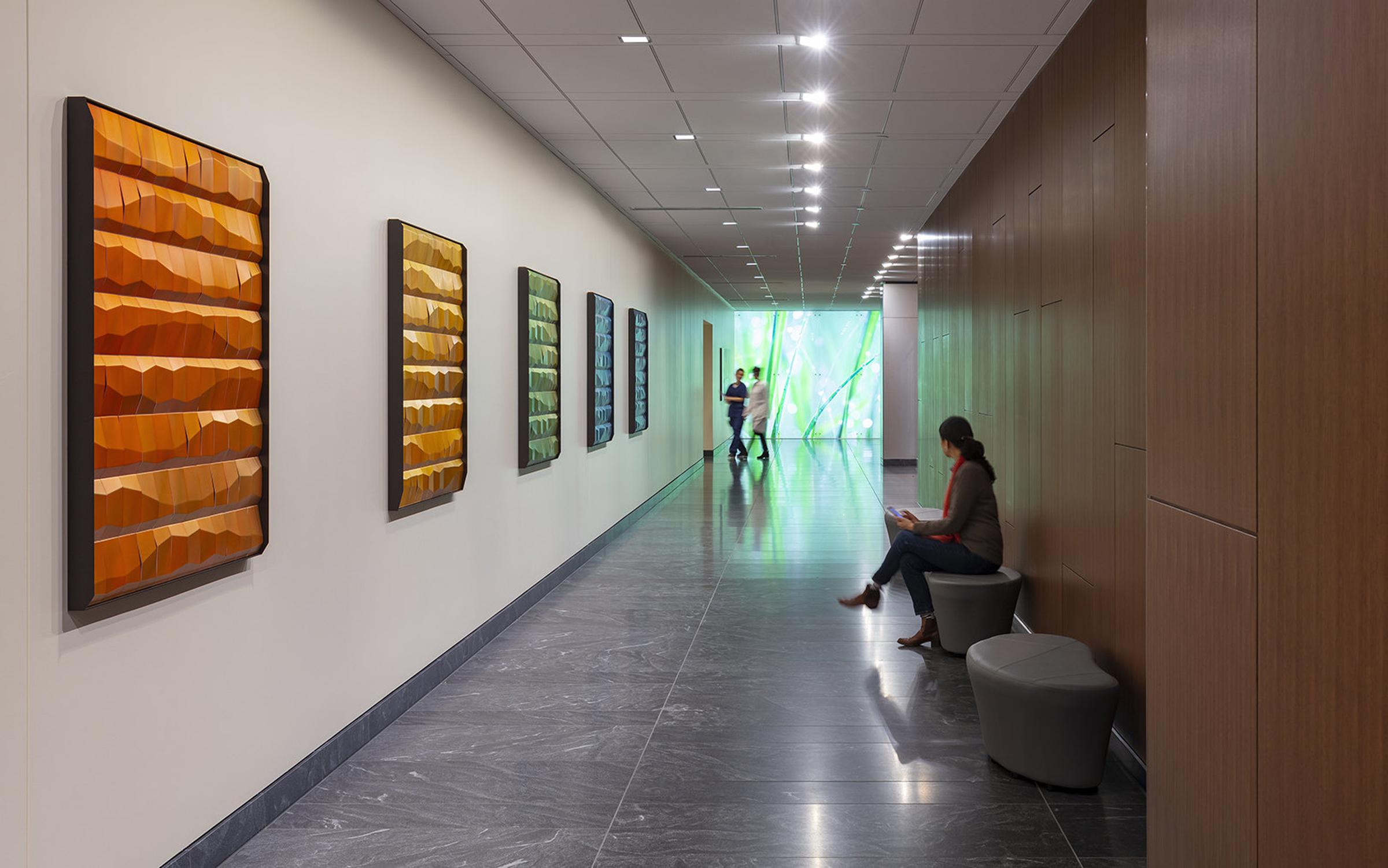Facet Corridor