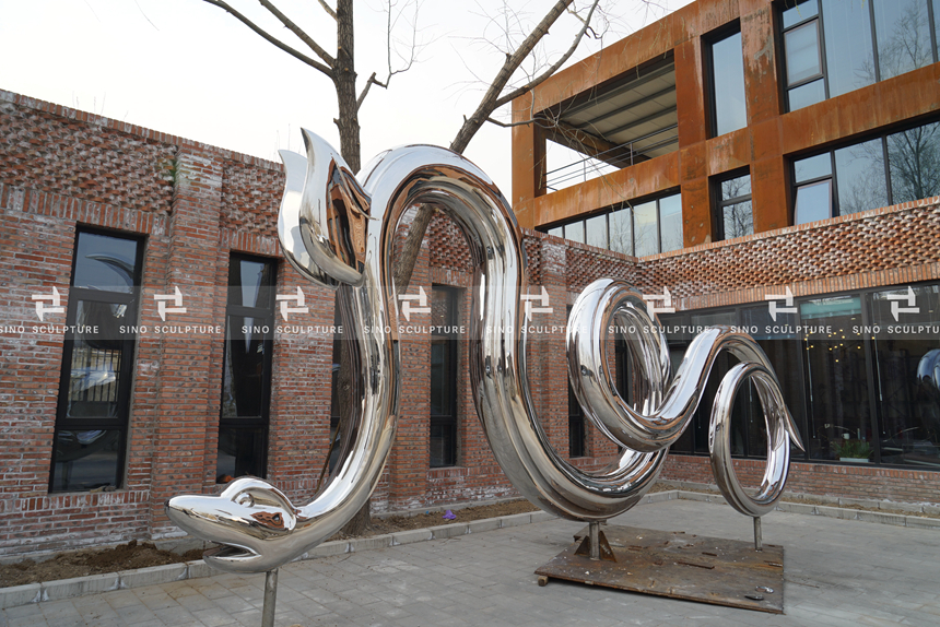 Mirror Polished Stainless Steel Snake Sculpture